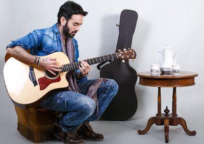 Unai-Iker-profesor-guitarra